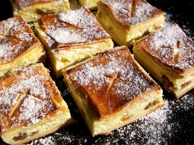 Plăcintă cu brânză dulce
