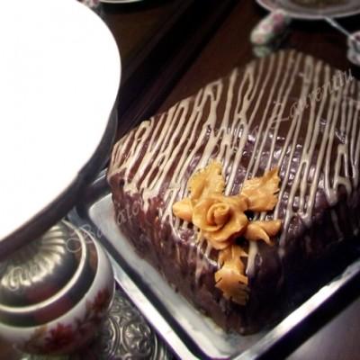 Tort cu mousse de ciocolata alba si visine