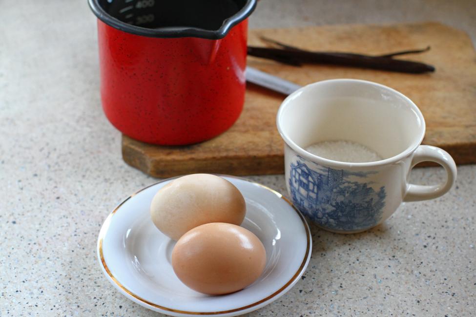 ingrediente sos de vanilie creme anglaise