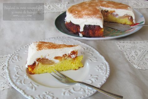 Prăjitură cu mere caramelizate și cremă de brânză