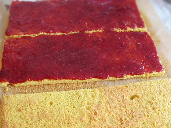 asamblare prajitura cu gem de zmeura si lamaie