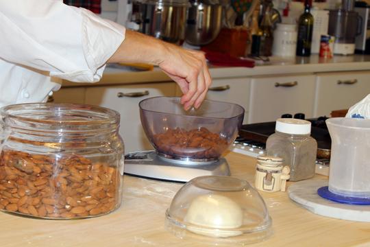 Preparare Cantuccini - biscuiti italieni 3