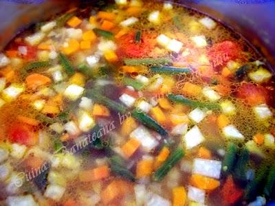 Preparare Ciorbita de legume 7