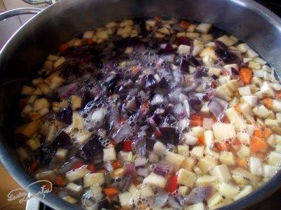 Preparare Ciorba cu oase de porc 2
