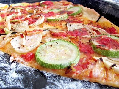 Reteta video: Pizza vegetariana - de post