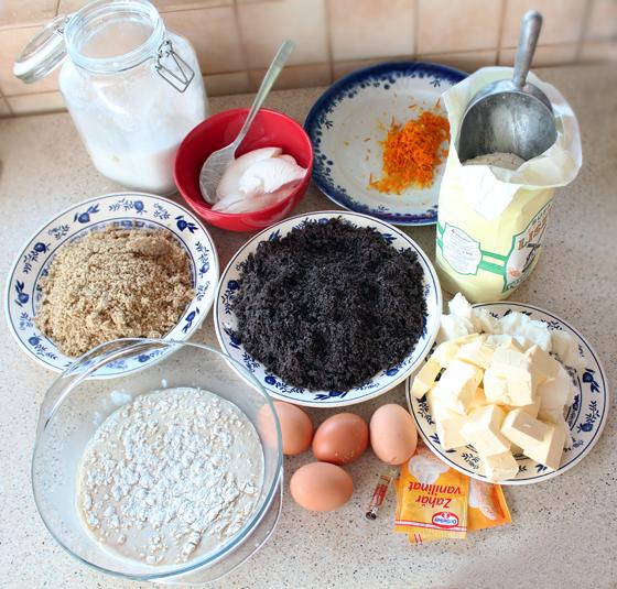 ingrediente baigli pt. reteta cozonac unguresc baigli cu nuca si mac