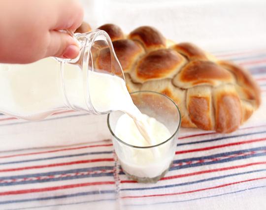 Cata sanatate-ntr-un pahar cu lapte