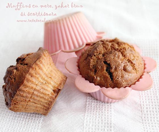 Preparare Muffins cu mere, zahar brun si scortisoara 2