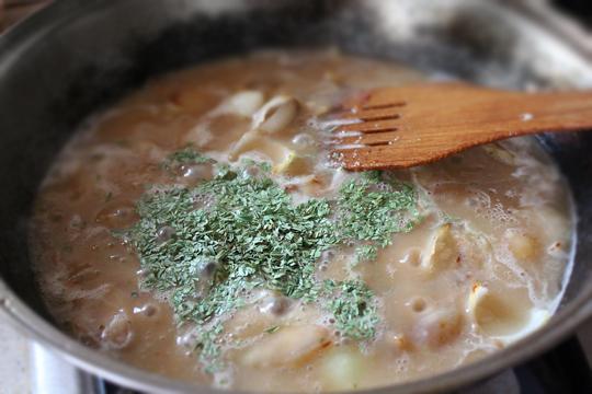 Preparare Piept de pui cu smantana si tarhon 6
