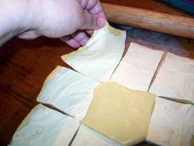 Preparare Aluat foietaj - Placinta cu branza si urda 7