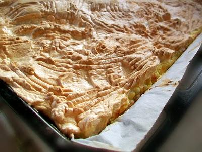 Preparare Prajitura cu branza dulce si stafide 12