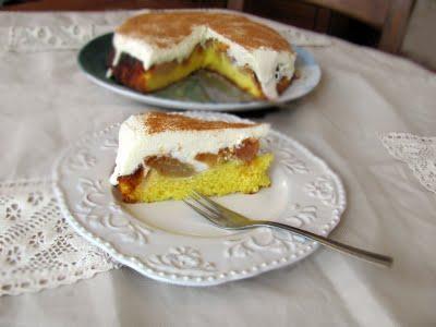 prajitura cu mere caramelizate prajitura rasturnata cu mere caramelizate si crema de branza