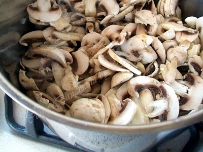 Preparare Supa crema de ciuperci 6
