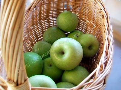 Preparare Tort cu mere si coniac 3