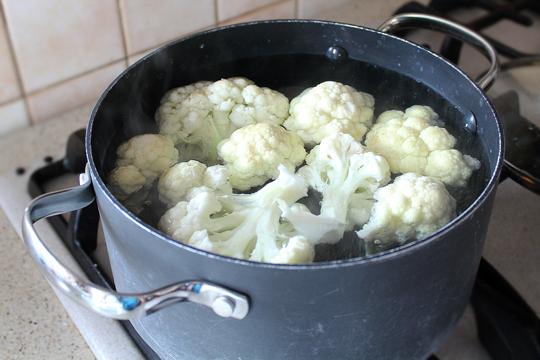 Preparare Varza de bruxelles si conopida la cuptor (gratin) 2