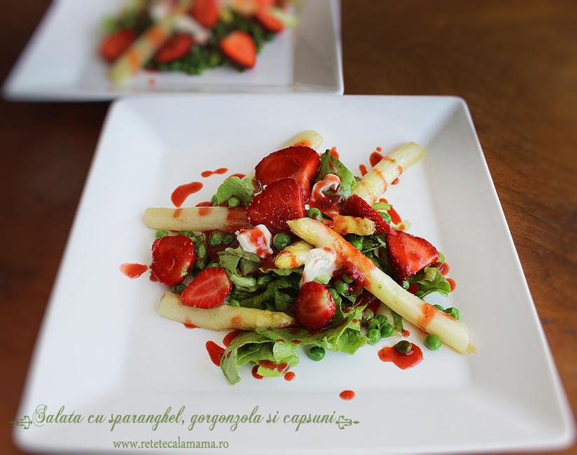 salata cu sparanghel, gorgonzola si capsuni