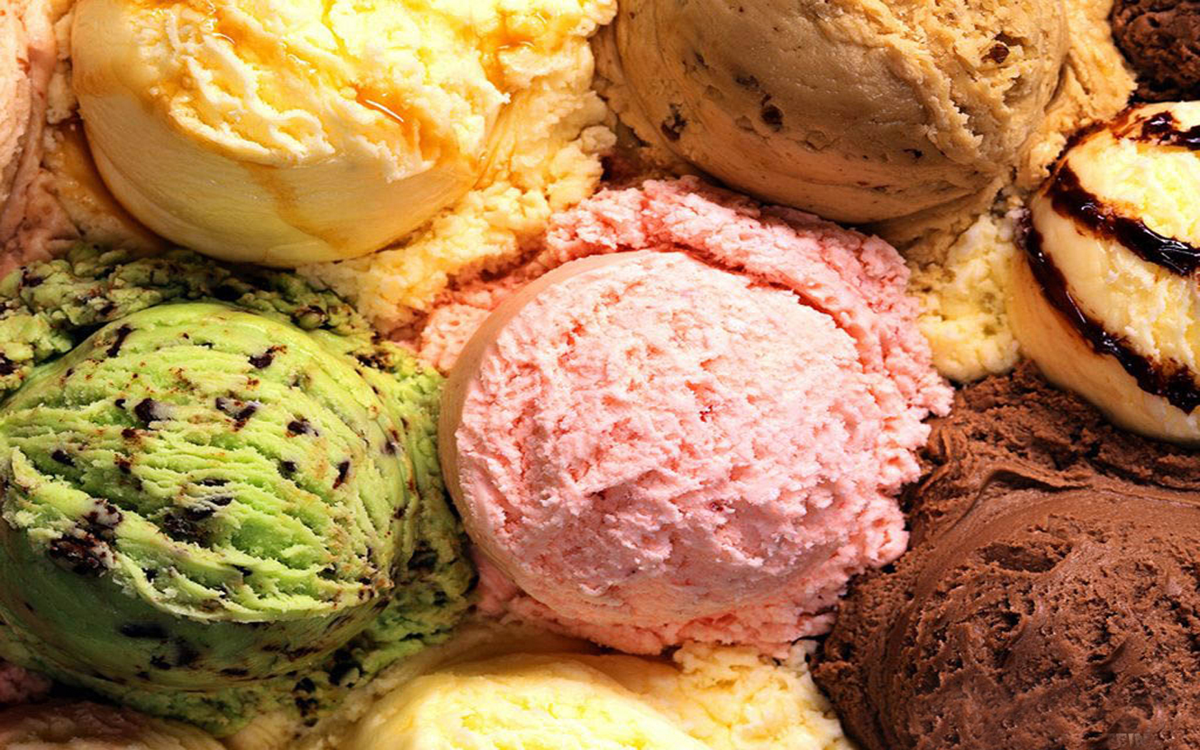 colourful-ice-cream-wallpapers-1680x1050