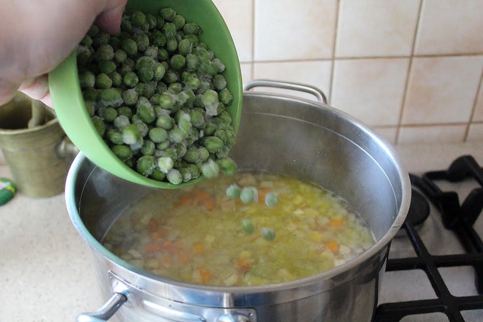 adaugare mazare supa de mazare