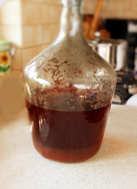 vin de mure, dupa fermentatie