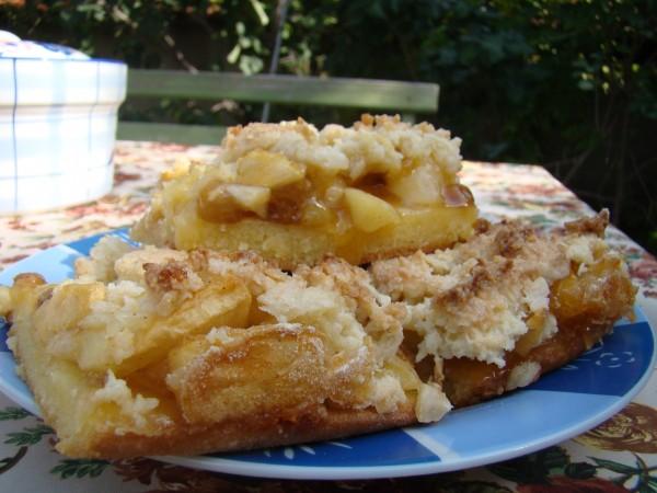 Prajitura cu mere si cocos by Luiza