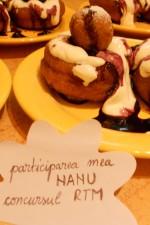 Papanasi cu dulceata si smantana by Nanu