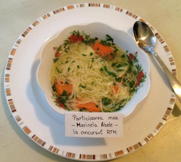 Supa de pasare cu taitei – Zupã de cocoș by Marinela Abele