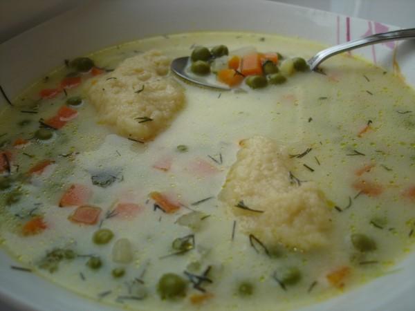 Supa de mazare cu galuste by Nicoleta Gheorghiu