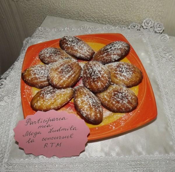 Madlene cu miere, vanilie si apa de flori de portocal by Ludmila