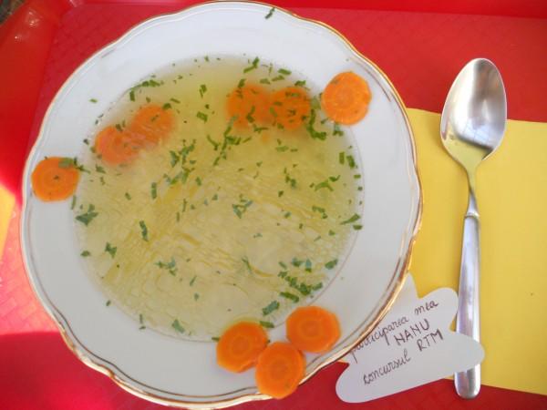 Supa de pasare cu taitei – Zupã de cocoș by Nanu