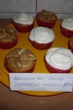 Muffins cu mere, zahar brun si scortisoara by Cristina Luntraru