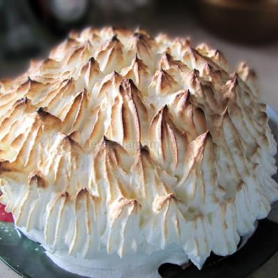 "Desert surpriza: Baked Alaska sau ""Omleta norvegiana"""