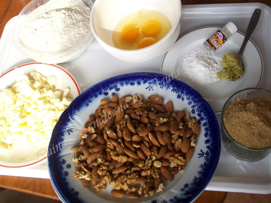 biscuiti cu migdale ingrediente