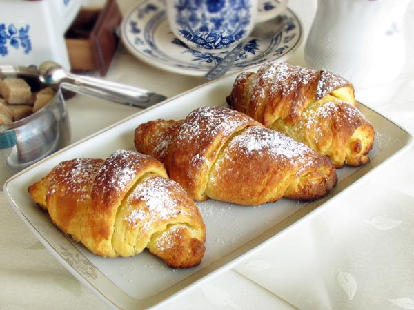 danish pastry croissants 2