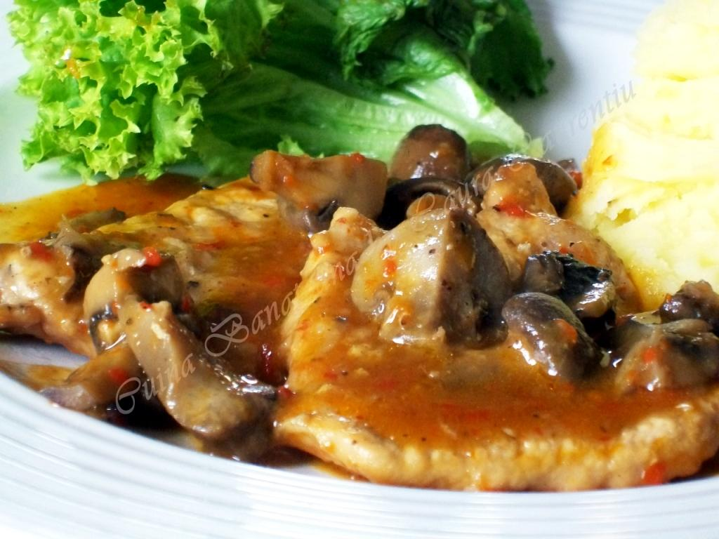escalop de porc cu ciuperci 7