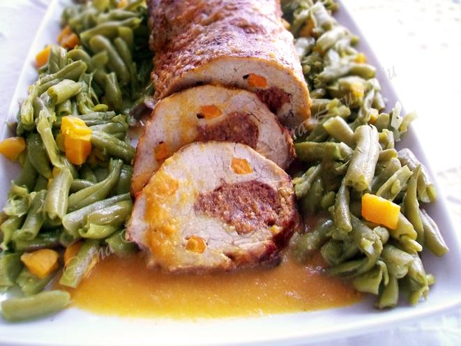 friptura cotlet de porc umplut