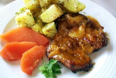 Friptura de porc cu glazura aromata