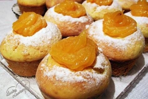 Orange-muffins