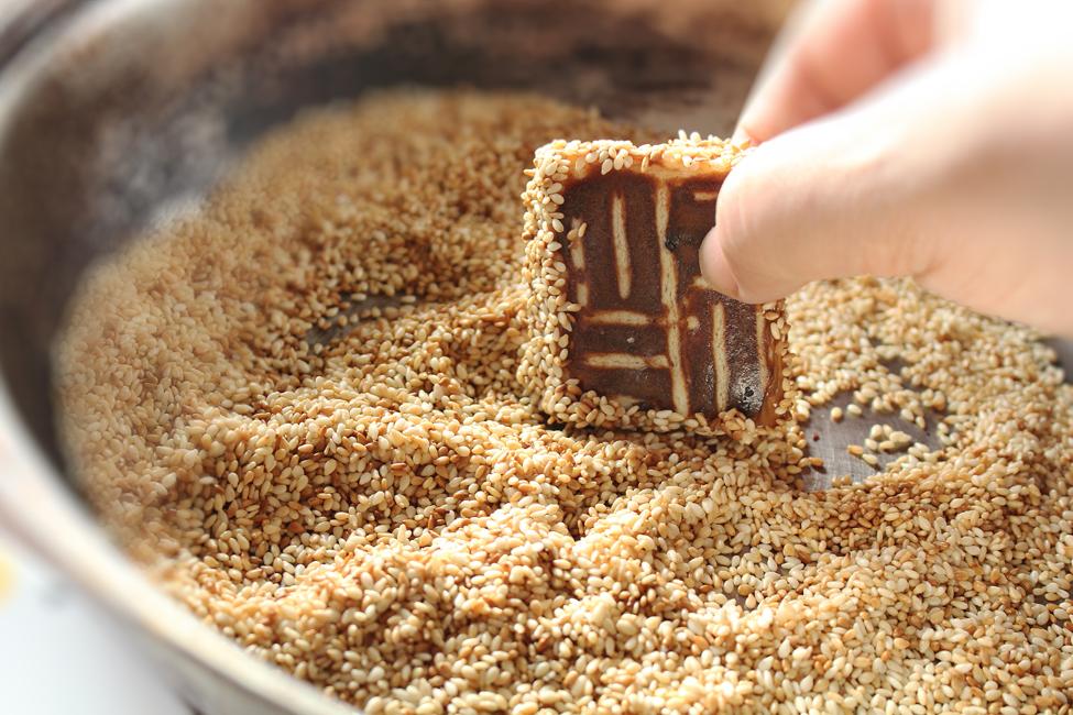 preparare biscuiti cu susan 2