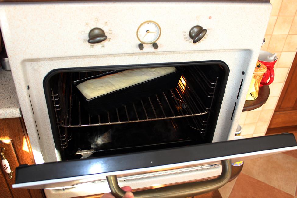 preparare paine moale de casa 4