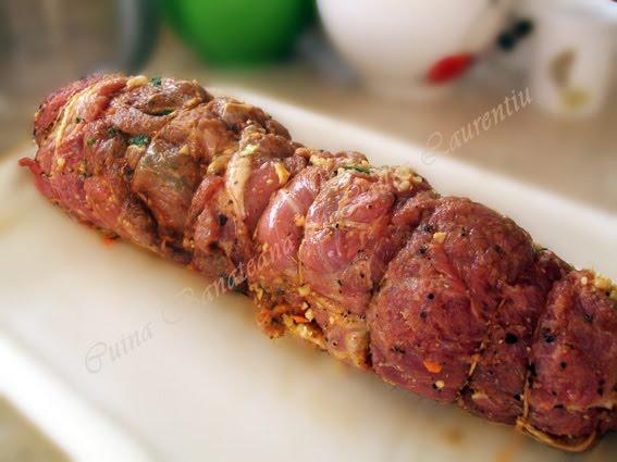 rulada de carne cu legume 11