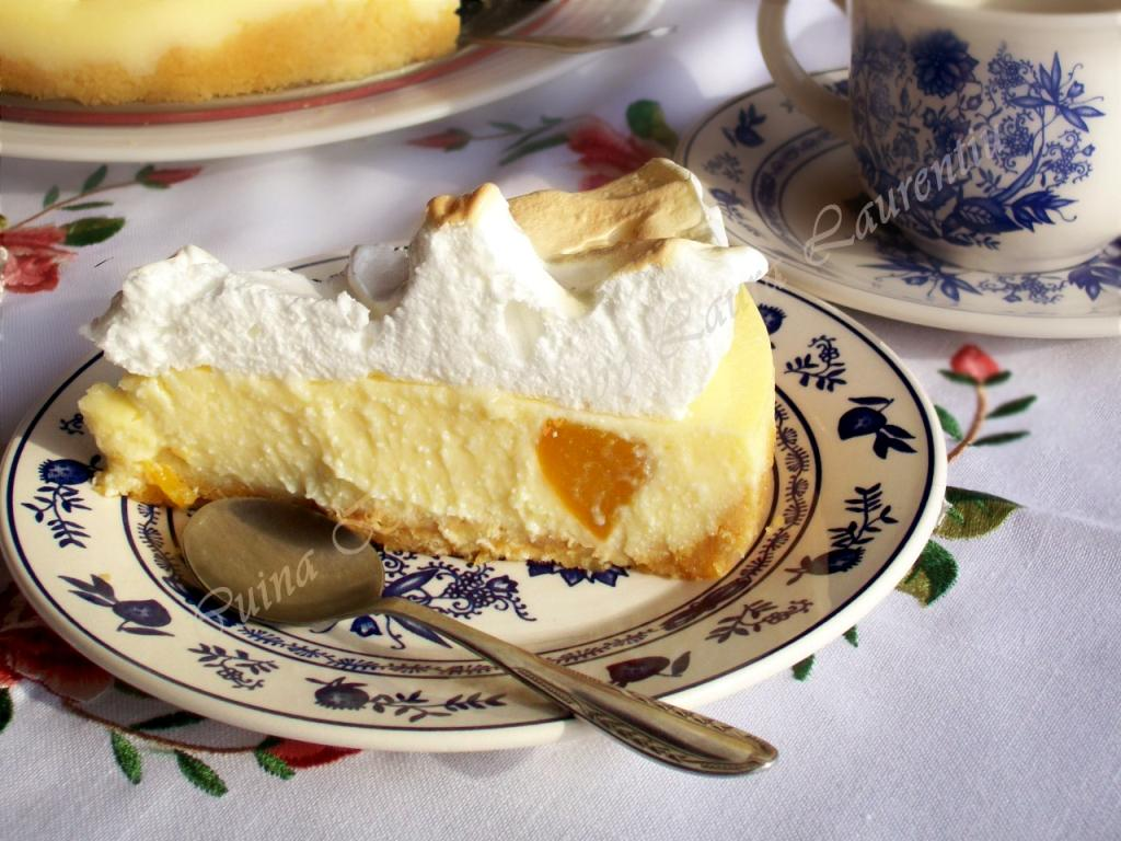 tarta fara coacere cu branza si fructe 16