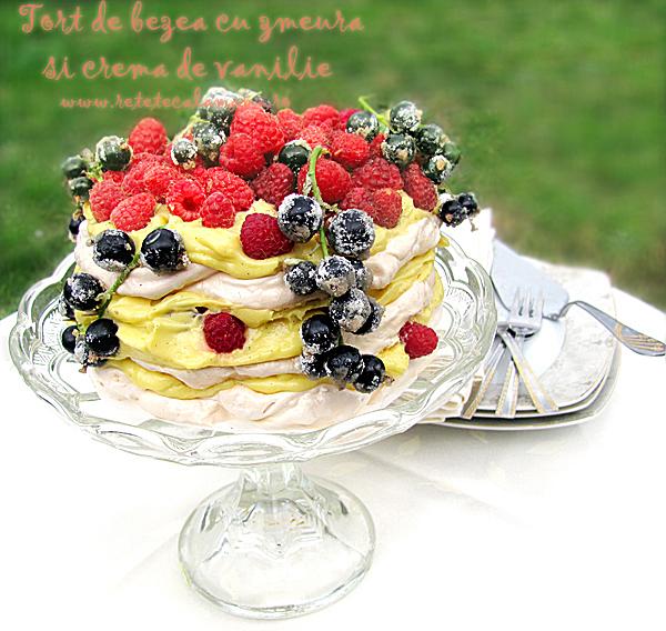 Tort de bezea cu zmeura si crema de vanilie