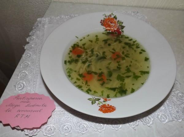 Supa de pasare cu taitei – Zupã de cocoș by Ludmila