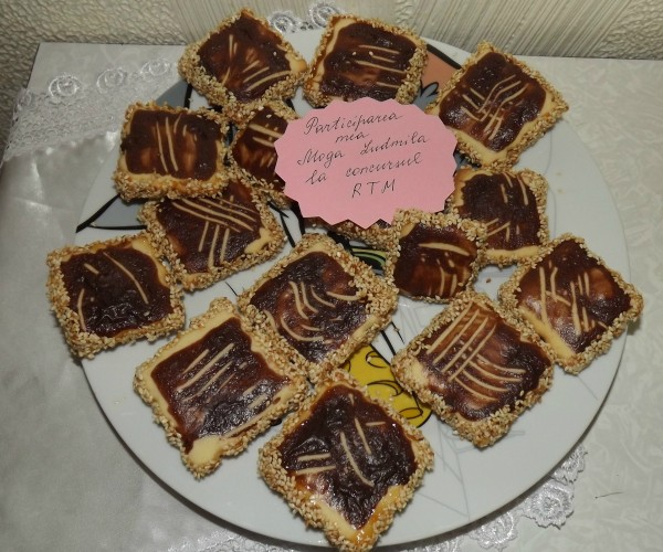 Biscuiti cu susan by Ludmila