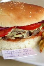 Pljeskavica sârbeascã – plescavița bãnãțeanã by stefanpizza