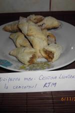 Cornulete fragede by Cristina Luntraru