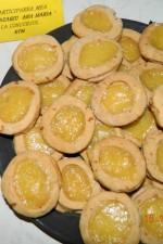 Biscuiti cu miere si crema de lamaie by aryana
