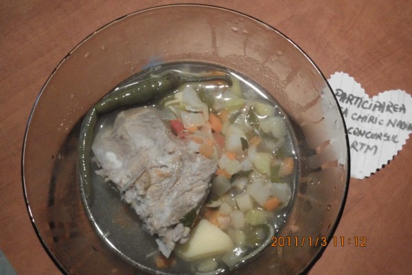 Ciorba cu oase de porc by chiricnadia