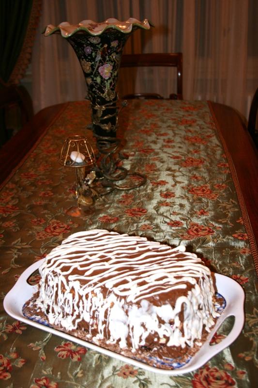 Tort cu mousse de ciocolata alba si visine by Malina