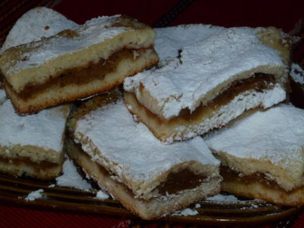 Placinta mea cu mere by Tudorita Viziteu